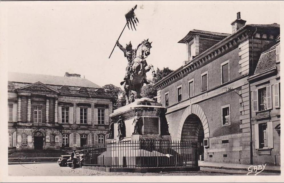 Falaise - Recherche De Cartes Postales