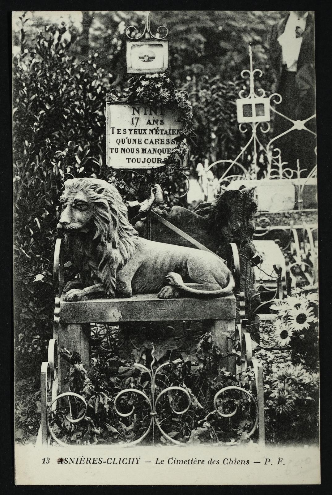 Asnières-sur-Seine -  [Tombe du lion Nini] Cimetière des Chiens
