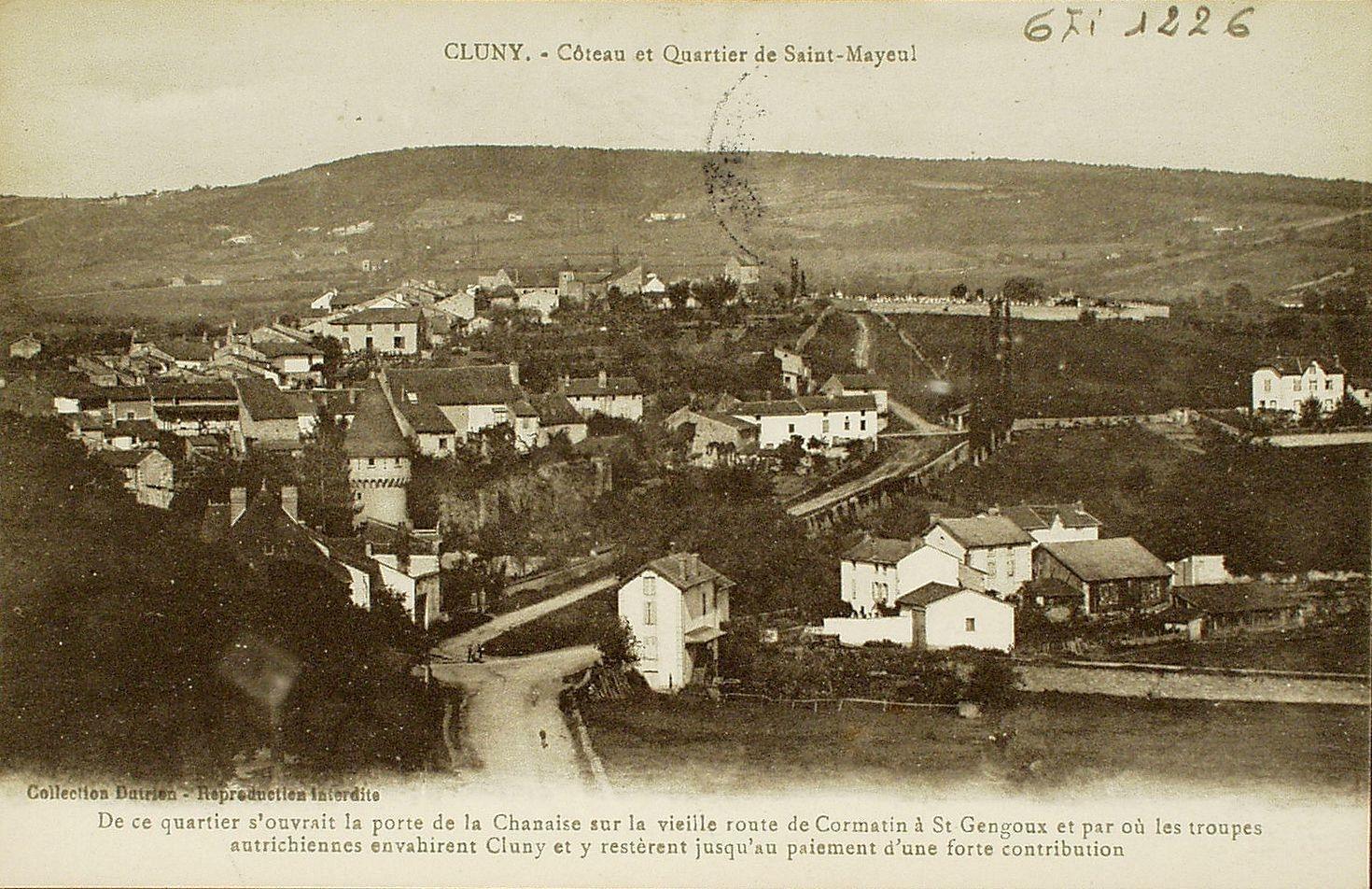 Cluny - Cluny. Côteau et quartier de Saint-Mayeul. De ce quartier s'ouvrait la porte de la Chanaise sur la vieille route de Cormatin à Saint-Gengoux et par où les troupes autrichiennes envahirent Cluny et y restèrent jusqu'au paiement d'une forte contribution.