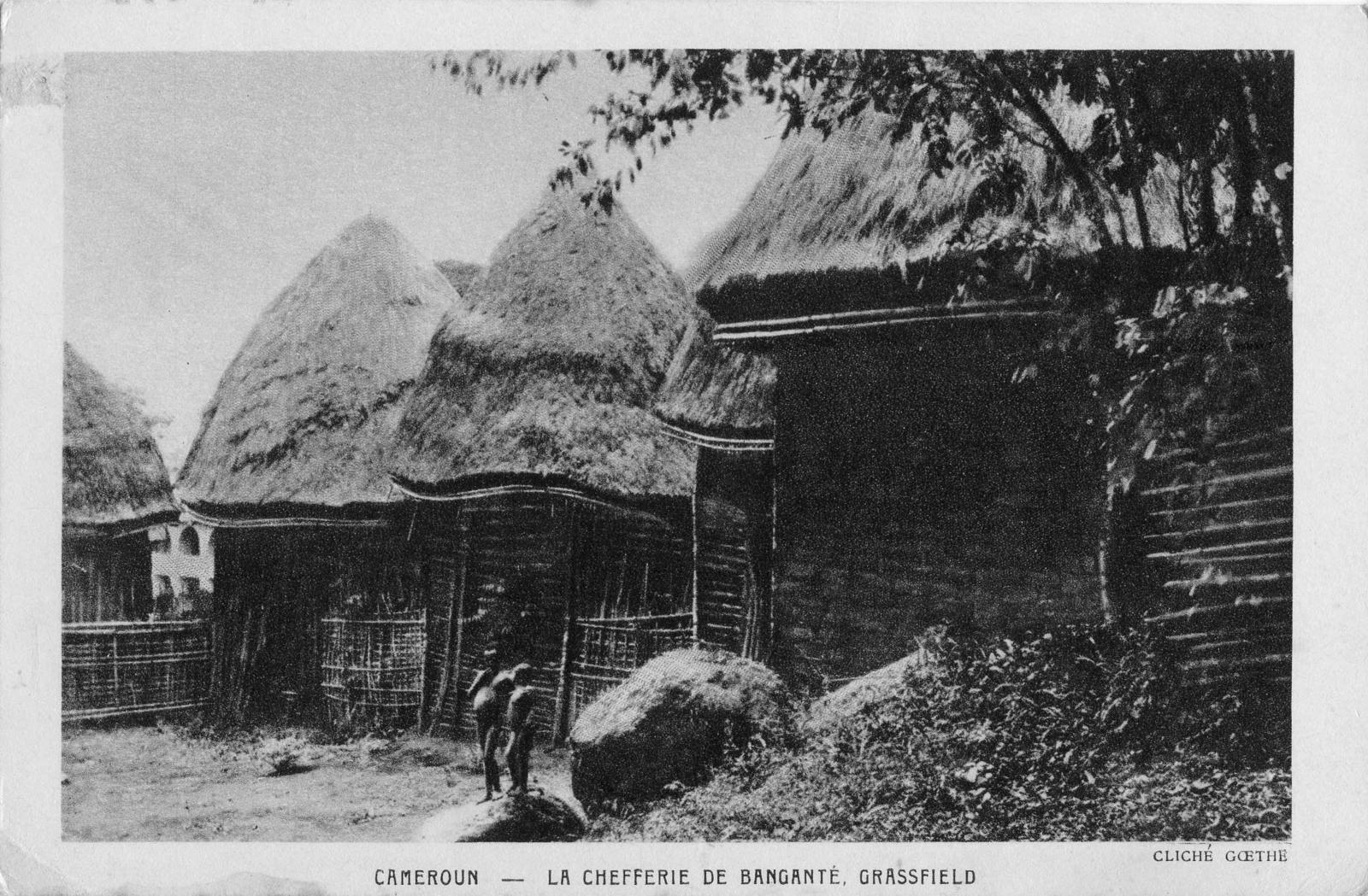 Bangangté -  La chefferie de Banganté, Grassfield.