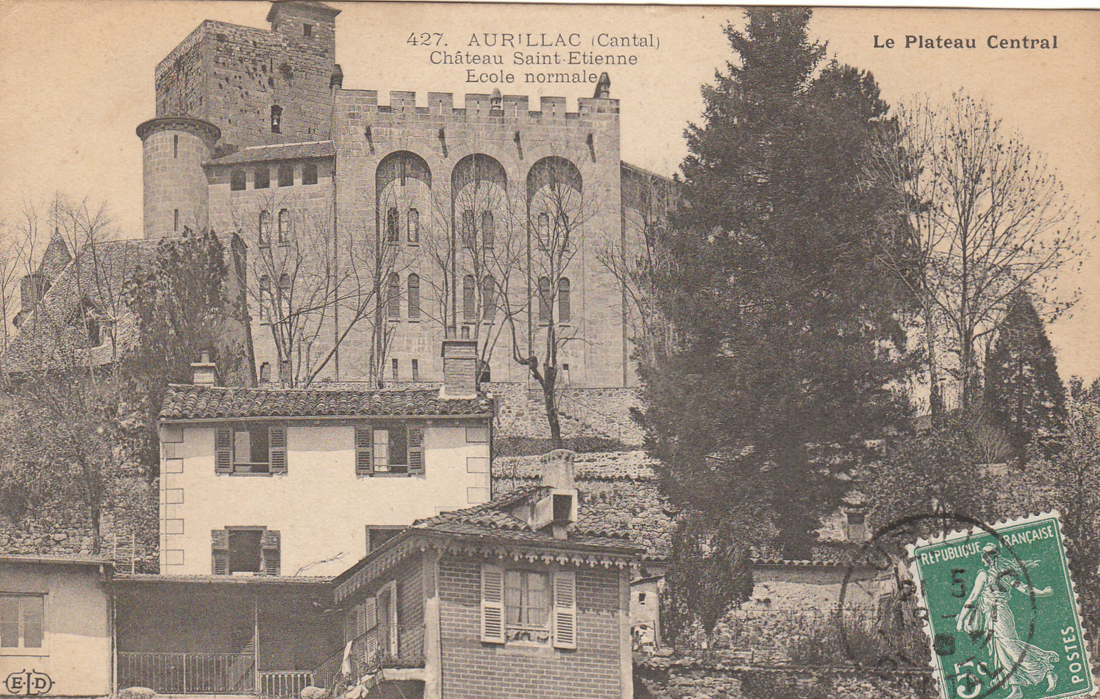 Aurillac - Ecole Normale, château Saint-Etienne