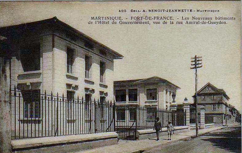 Fort de France - Les nouveaux bâtiments de l'Hotel du Gouvernement.