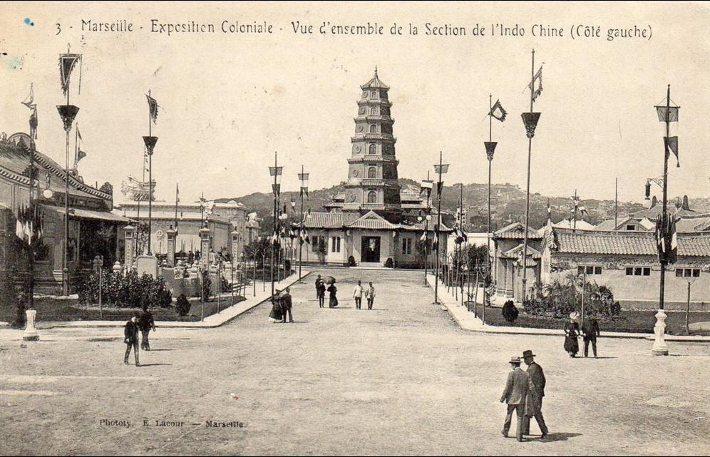 -  marseille - exposition coloniale - section de l'inochine (côté gauche)