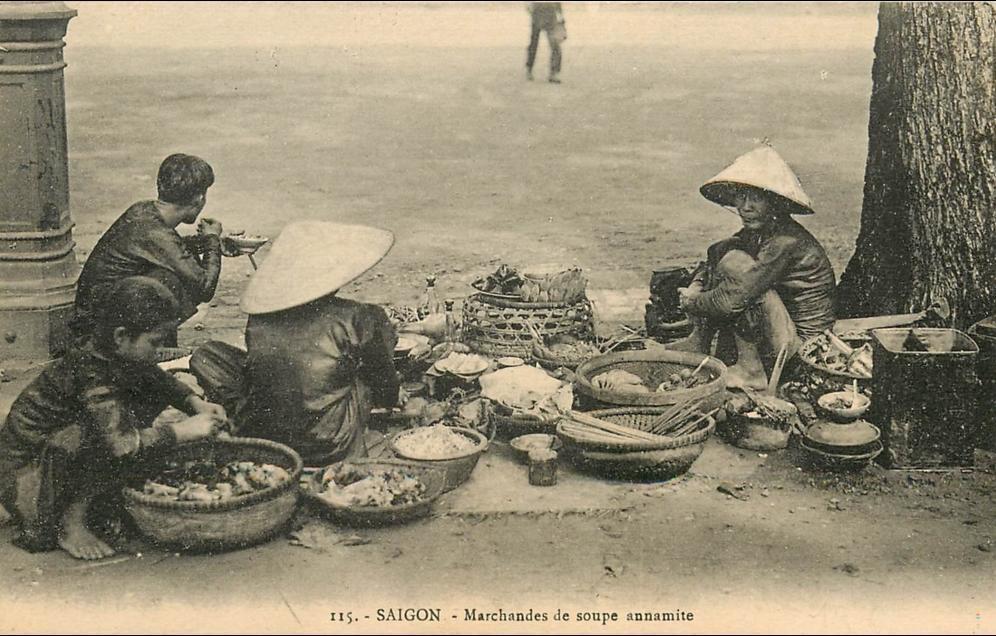 Ho-Chi-Minh -  Viet-Nam - Saïgon - Marchande de Soupe Annamite- édit  Decoli -n° 115 -CPA en Bel Etat (scan)