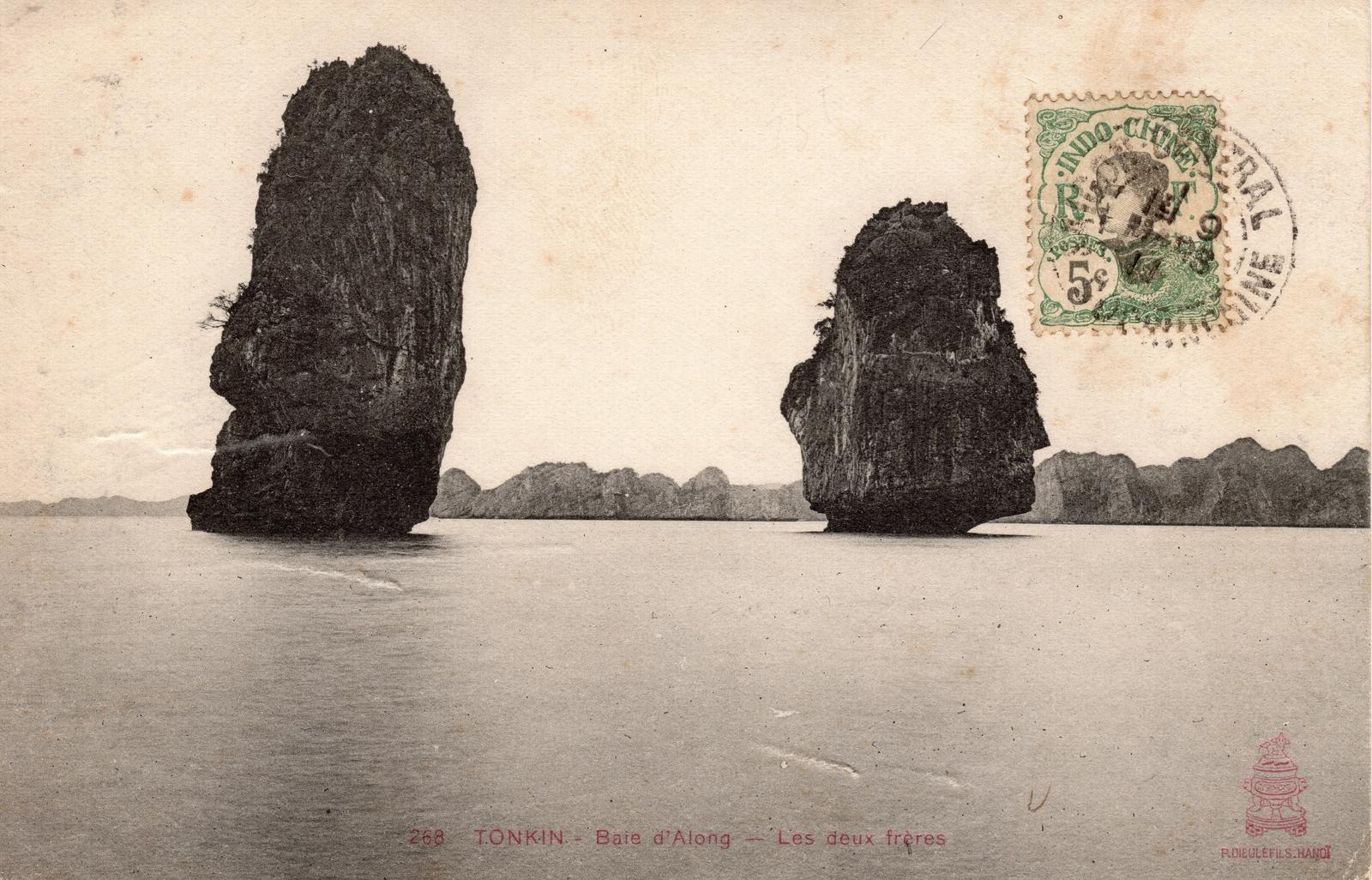 Baie d'Along -  TONKIN-Baie d'Along-Les deux frères