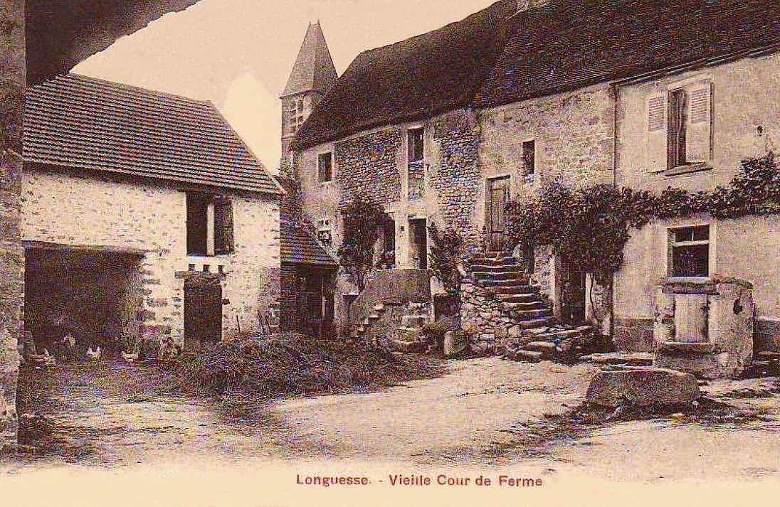 Longuesse - Vielle cour de Ferme.