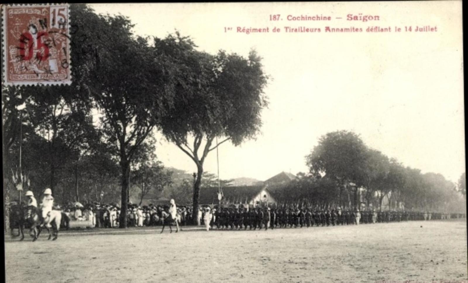 Hô Chi Minh-Ville -  Cp Saigon Cochinchine Vietnam, 1er Régiment de Tirailleurs Annamites défilant le 14 Juillet