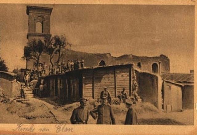 Eton - Soldats allemands Guerre 1914-1918 devant les ruines
