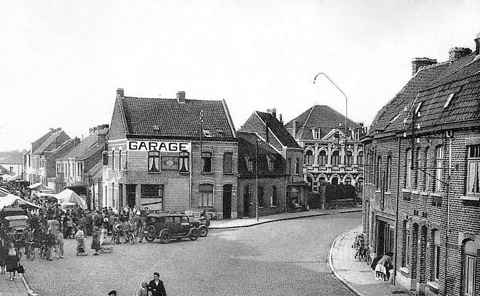 """Ploegsteert -  Ploegsteert """" Rue d'Armentières et rue de Centenaire """""""