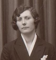 <b>Jeanne-Marguerite</b> PELLETIER dite &quot;Henriette&quot; - medium